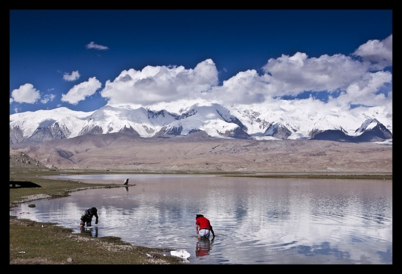 Travel to Karakul Lake in Xinjiang, China