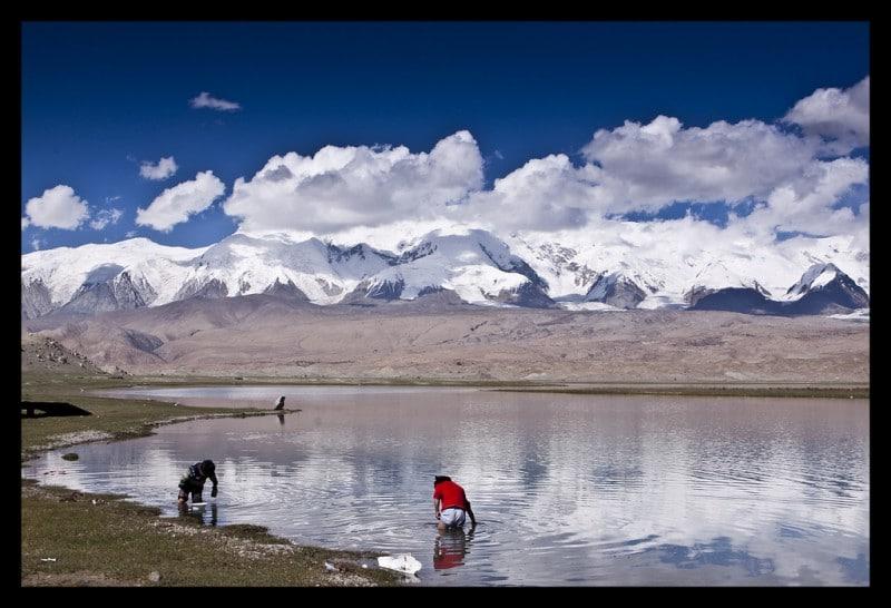 Karakul Lake Xinjiang, Karakul Lake Xinjiang Tour, Karakul Lake ...