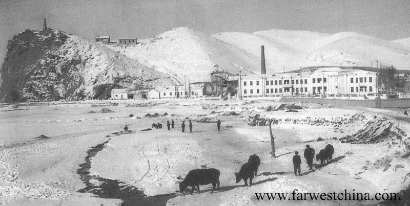 Urumqi's Hong Shan in 1900