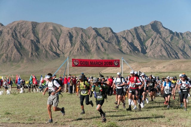 Gobi March competitors begin stage 2