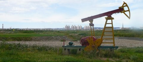 A fake oil rig on the Karamay golf course in Xinjiang, China
