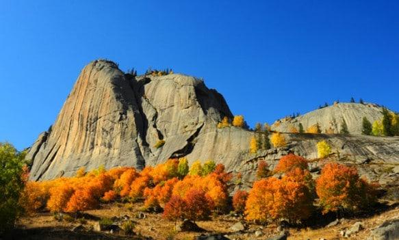 Bixiang Peak at Keketuohai in the fall season