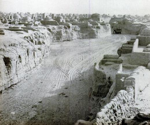 Ghost City near Aksu, from LIFE Dec 1943