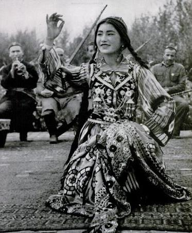 A Uyghur dancer in LIFE, Dec 1943