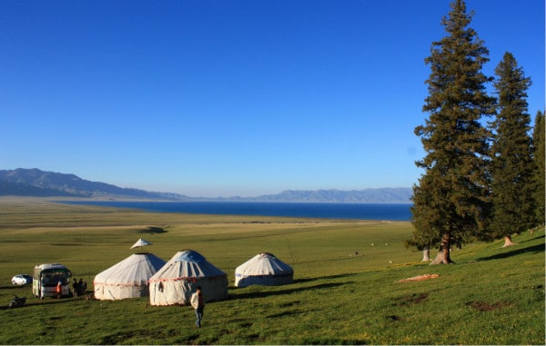 Yurts along the Sayram Lake (Salimu hu) in Xinjiang, China