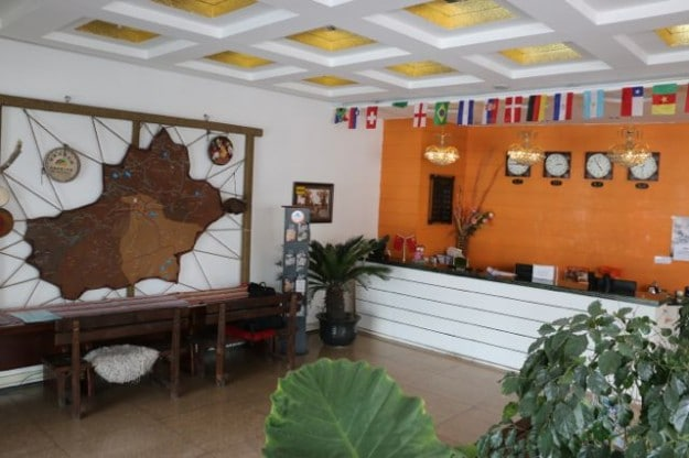 Reception of the Baolu Youth Hostel in Urumqi, Xinjiang