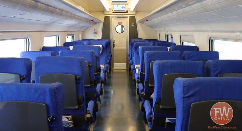 Cruising 200km/h on Xinjiang's New High-Speed Train