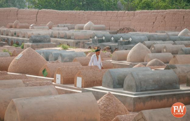 Cemetery surrounding Kashgar's Apak Khoja tourist complex