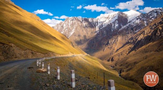 A view of the Tianshan from my Xinjiang road trip