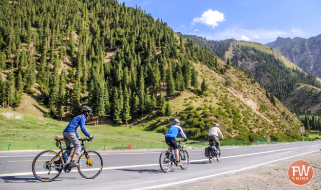 Cycling in Xinjiang