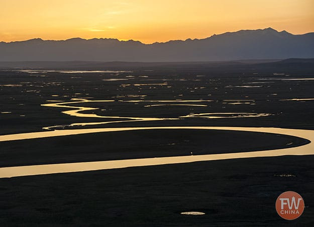 Bayanbulak grasslands at sunset (Xinjiang, China)